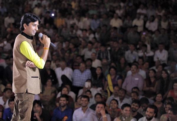 Dr Kumar Vishwas IIT IIM performance